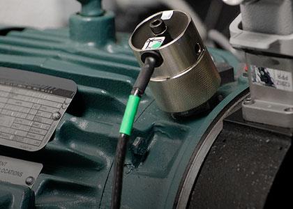 Motorda Titreşim İzleme Sensörü